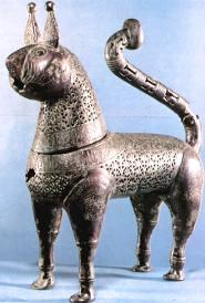 1th-or-12th-century-bronze-incense-burner-Islamic